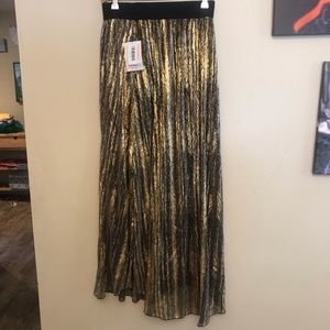 NWT LuLa Roe Elegant Collection Lucy Skirt Small